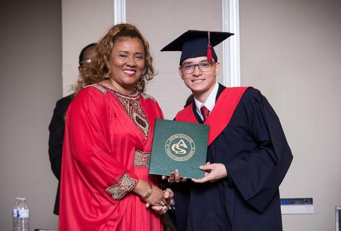 Ceremonia de Graduación del American Christian School 2019,